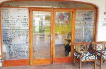 Schaufensterbeschriftung Zahnärztin Heike Strunz in Santa Ponsa auf Mallorca